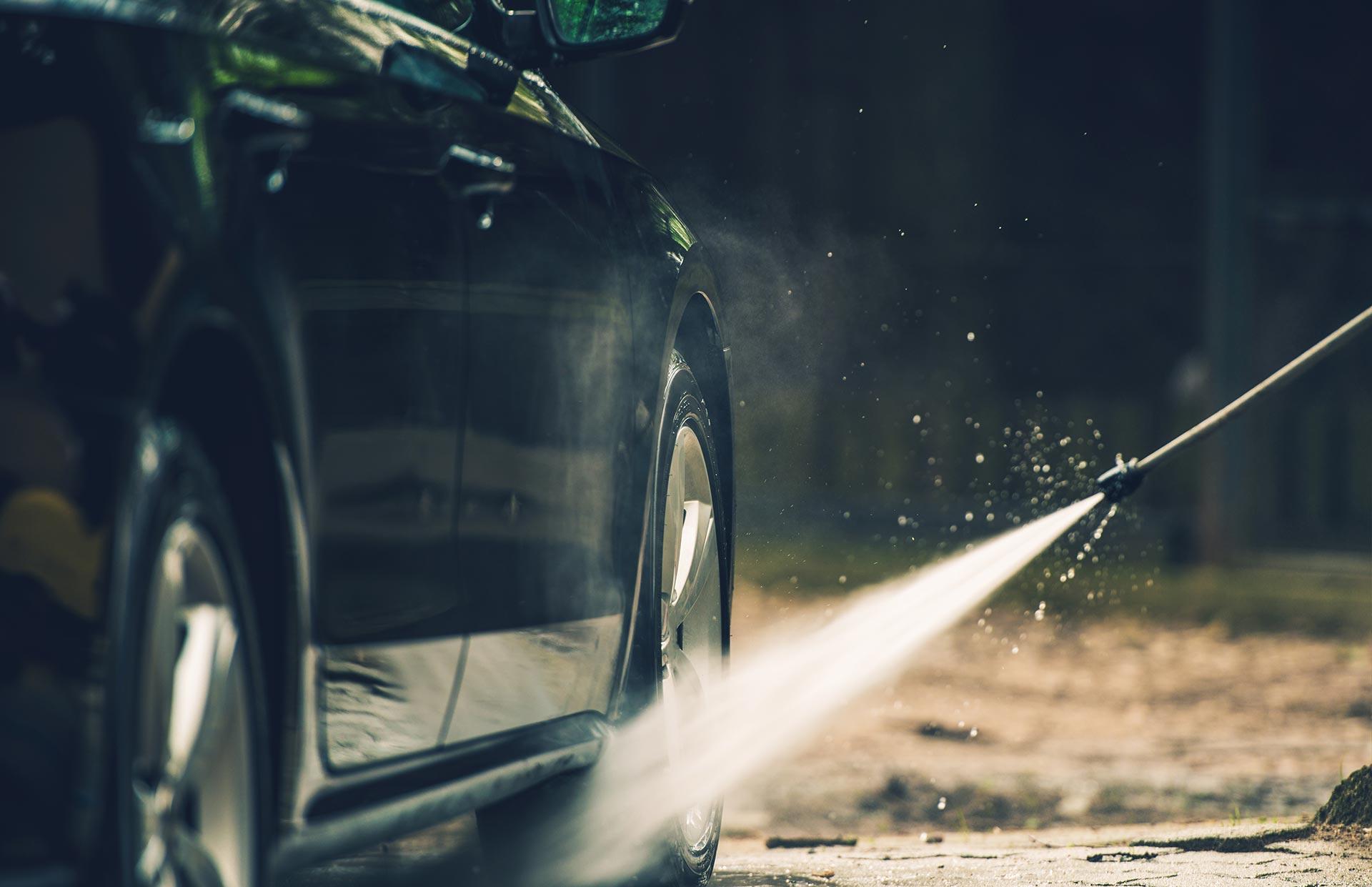 detailed-car-washing